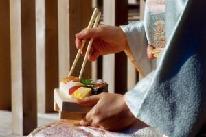 Как употреблять экзотическую японскую пищу
